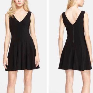 Alice + Olivia Bailey Black Flounce Mini Dress 0